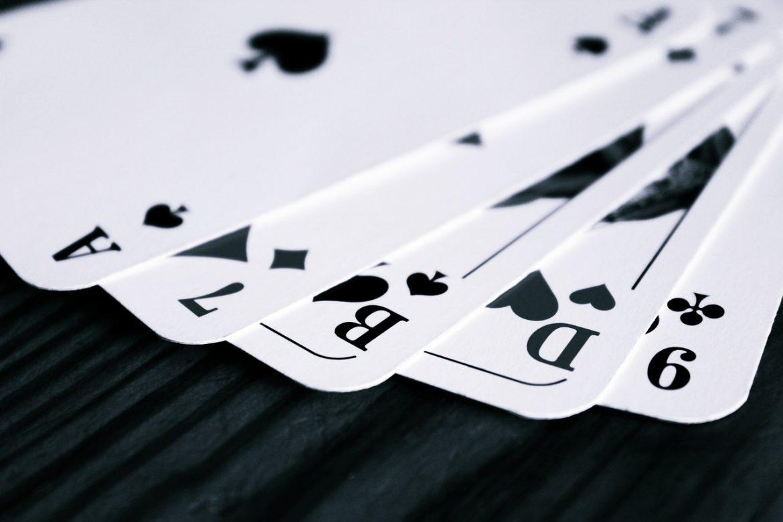 Les règles de base du jeu de Rami